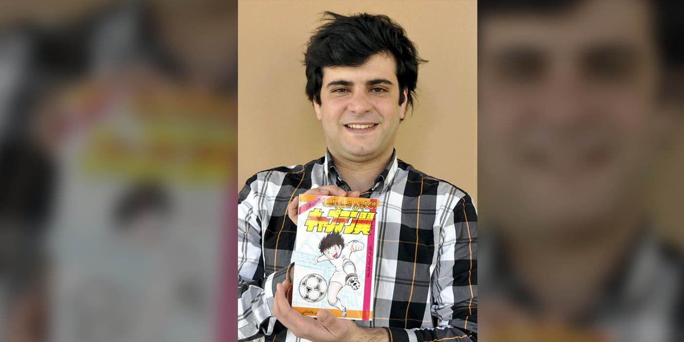 Kassoumah Mhd Obada translating Captain Tsubasa manga into Arabic