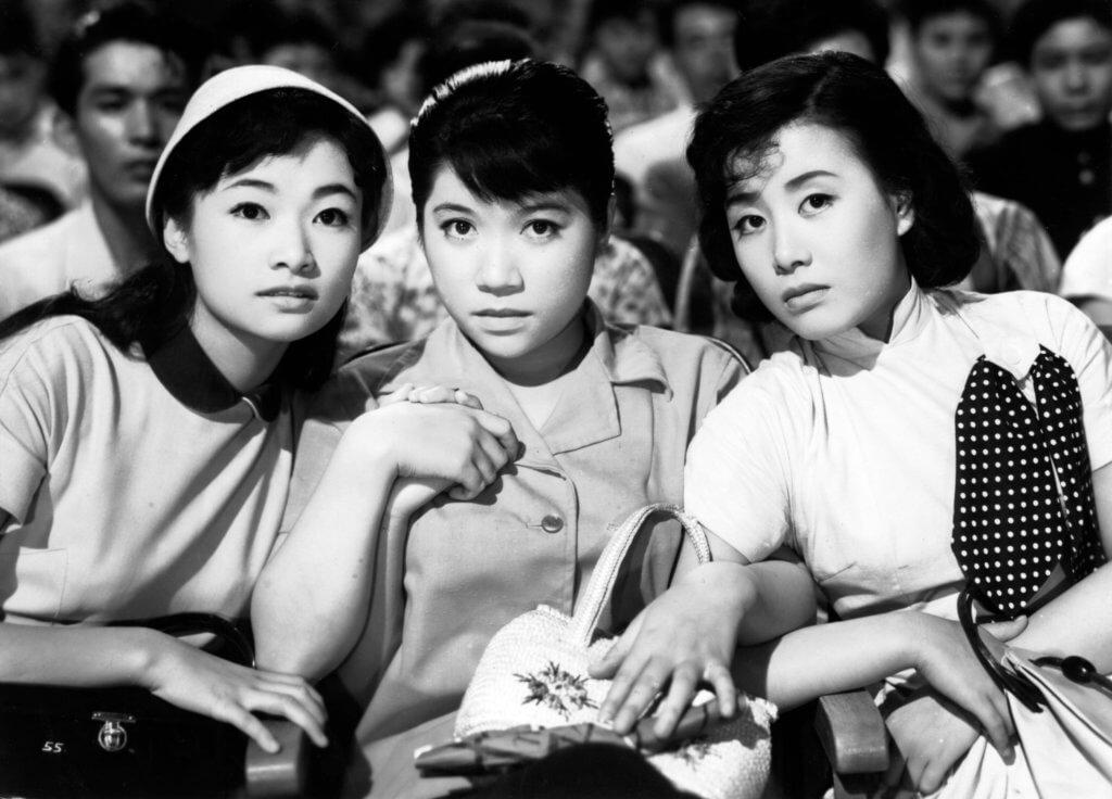 Left to right: Izumi Yukimura, Chiemi Eri,and Hibari Misora