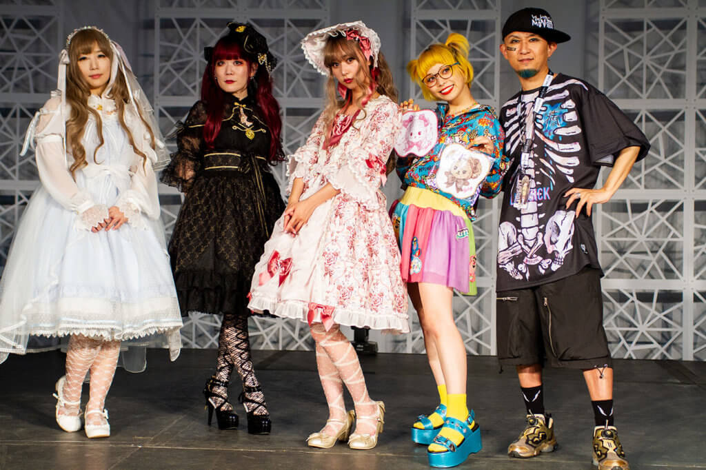 A group photo of the J-Fashion designers and featured models